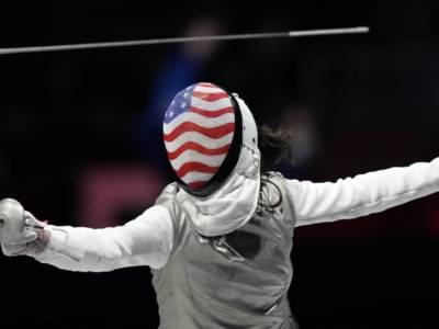 Scherma, Olimpiadi Tokyo: Kiefer conquista l'oro nel fioretto femminile. Sconfitta la regina Deriglazova