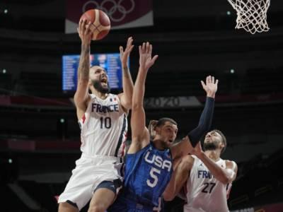 VIDEO Francia-USA 83-76 Olimpiadi Tokyo Basket: highlights e sintesi della partita. Evan Fournier abbatte gli americani