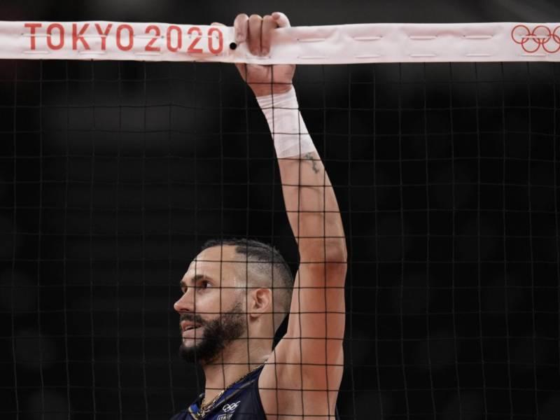 Volley, Olimpiadi Tokyo: l'Italia perde, il gruppo è ingarbugliato. Classifica, qualificazione ai quarti e scenari