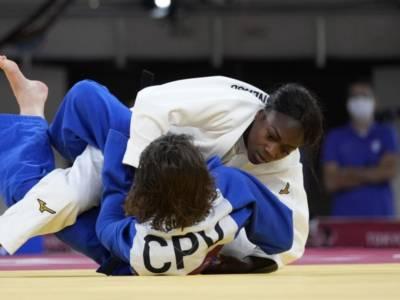 Judo, Olimpiadi Tokyo: Clarisse Agbegnenou chiude il cerchio con il titolo a cinque cerchi, Giappone in trionfo al maschile