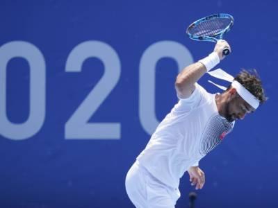 Tennis, Olimpiadi Tokyo. Fabio Fognini si insulta con termini dispregiativi, poi si scusa con la comunità LGBTQ+