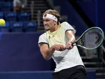 LIVE Zverev-Khachanov 6-3 6-1, Olimpiadi tennis in DIRETTA: il tedesco domina il russo e conquista la medaglia d'oro a Tokyo!