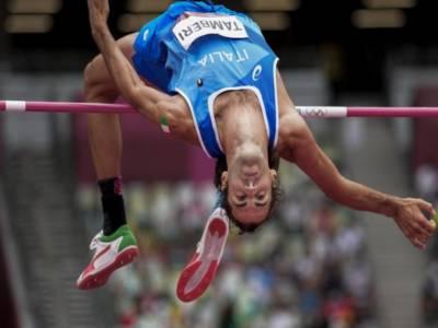 Atletica, Olimpiadi Tokyo: risultati mattina 30 luglio. Tamberi in finale, bene gli azzurri. Batterie 100 metri impressionanti