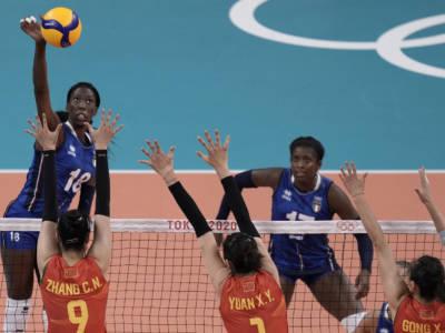 LIVE Italia-Usa 2-3 volley femminile, Olimpiadi in DIRETTA: sarà sorteggio con rischio Serbia. Le pagelle