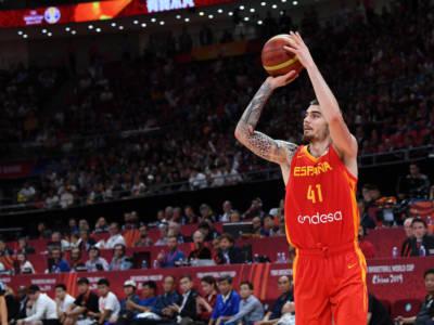 Basket: niente Olimpiadi per Juancho Hernangomez. Lunghissimo stop per lussazione acromioclavicolare