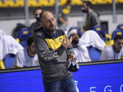 Basket: Demis Cavina è il nuovo allenatore della Dinamo Sassari