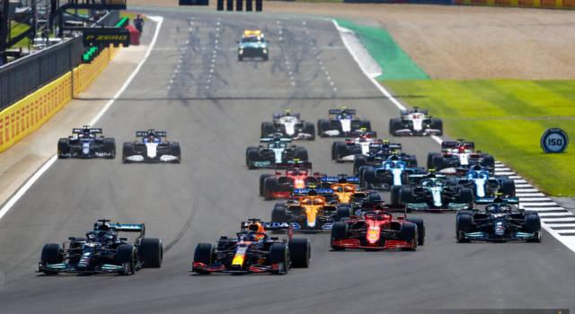 F1, pagelle GP Gran Bretagna: Charles Leclerc superlativo, Lewis Hamilton incontenibile