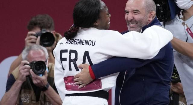 Judo, Olimpiadi Tokyo: la Francia trionfa nella prima gara mista a squadre della storia. Italia out al primo turno