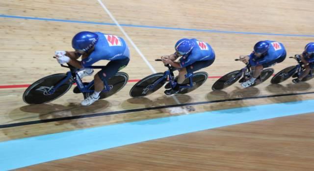 LIVE Ciclismo su pista, Olimpiadi Tokyo in DIRETTA: record italiano per i quartetti azzurri, domani in palio le medaglie!