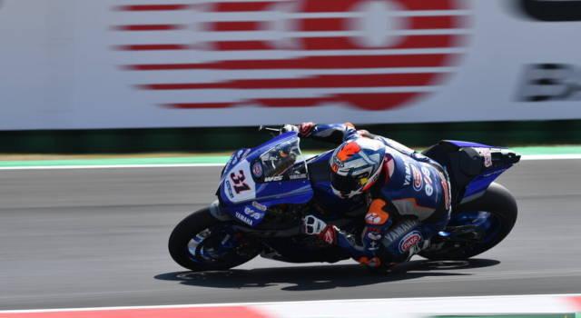 Superbike, risultati FP2 GP Gran Bretagna 2021: Garrett Gerloff fa il vuoto su Rea e Razgatlioglu, 6° Rinaldi