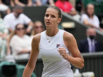 Wimbledon 2021, Karolina Pliskova raggiunge Ashleigh Barty in Finale! Sconfitta in tre set Sabalenka