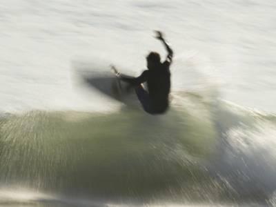 Surf, Olimpiadi Tokyo: Leonardo Fioravanti al secondo turno, Italo Ferreira si aggiudica la heat e vola al 3° round