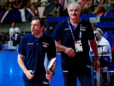 Basket, il capolavoro di Meo Sacchetti. Il CT azzurro ha costruito un gruppo affiatato che gioca una grande pallacanestro