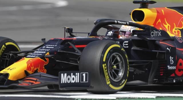 Ordine d'arrivo F1, GP Gran Bretagna: risultato Sprint Race. Max Verstappen batte le Mercedes, 4° Leclerc