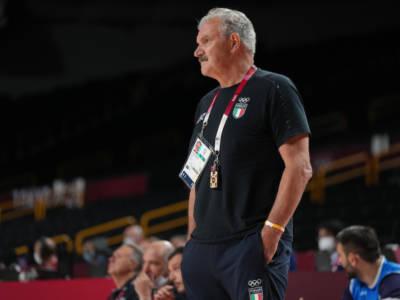 """Basket, Meo Sacchetti: """"Godiamoci il momento, poi penseremo ai quarti. L'inizio dell'ultimo quarto decisivo"""""""