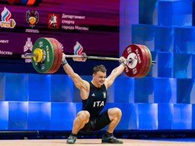 VIDEO – Sollevamento pesi, Olimpiadi Tokyo: lo slancio di bronzo di Mirko Zanni!