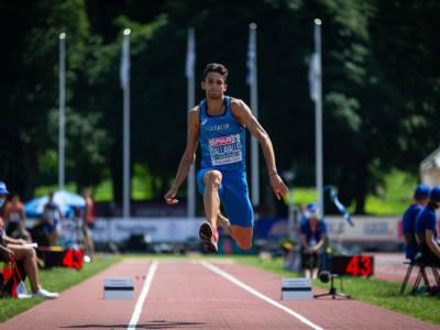 Atletica, Europei U23: Andrea Dallavalle plana a 17.05 e vince l'oro! Terzo titolo per l'Italia