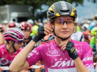 Giro Rosa 2021: Marianne Vos beffa Elisa Longo Borghini a Puegnago del Garda