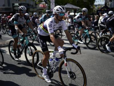 LIVE Tour de France 2021 in DIRETTA: Cattaneo va in fuga ed è top10 in classifica! Tappa a Mollema