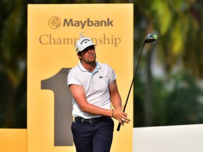 Golf, Nacho Elvira trema per due volte, ma alla fine trionfa per la prima volta in carriera al Cazoo Open 2021