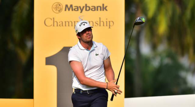 Golf, European Tour 2021: Nacho Elvira si conferma leader ad un giro dalla conclusione del Cazoo Open