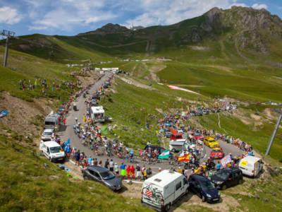 LIVE Tour de France 2021, tappa di oggi in DIRETTA: Pogacar cannibale, 3 maglie! Uran alla deriva. Nuova classifica