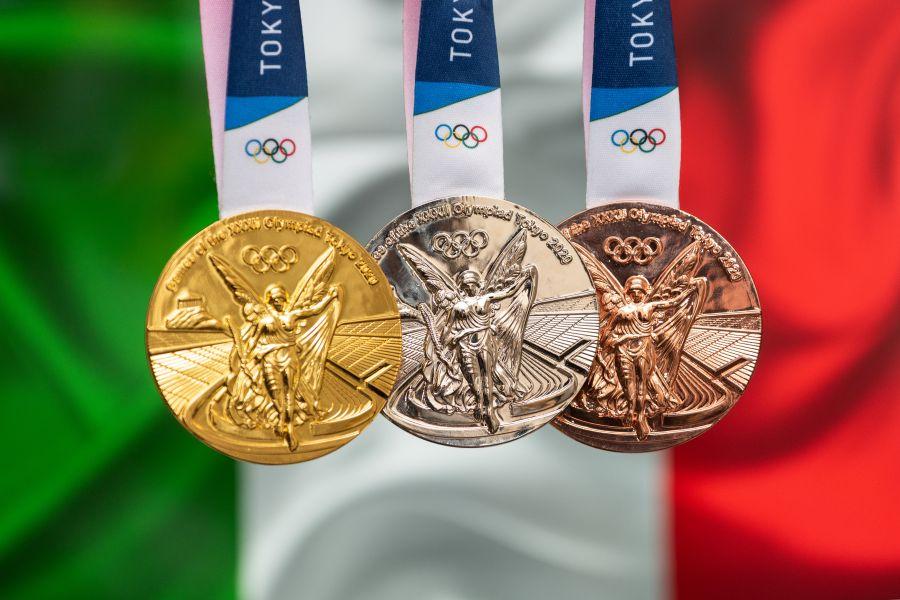 Medagliere Olimpiadi Tokyo 2020: Italia nona, sfida USA Cina in testa