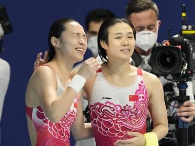 Tuffi, Olimpiadi Tokyo: Shi Tingmao vince i preliminari dai tre metri. Doppietta cinese e poi canadese
