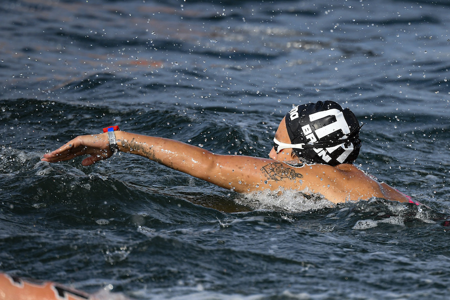 VIDEO 10 km nuoto di fondo, Olimpiadi Tokyo: highlights e sintesi