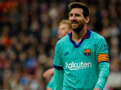 Calcio, Leo Messi non rinnova con il Barcellona! Il club se la prende con il regolamento della Liga