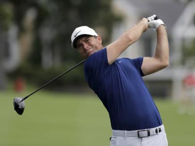 Golf: si rivede Lucas Bjerregaard in testa dopo il lungo rinvio a metà Hero Open 2021