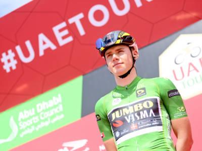 Ciclismo, infortunio per David Dekker alla Bretagne Classic. Il giovane della Jumbo-Visma si è rotto tre dita