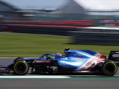 F1, Esteban Ocon trionfa in un pazzo GP d'Ungheria 2021 davanti a Sebastian Vettel e Lewis Hamilton