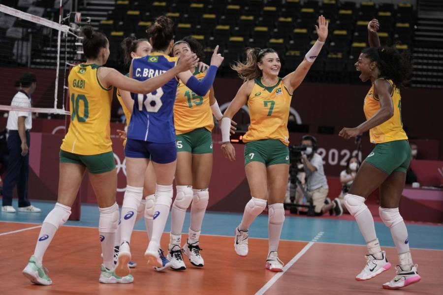 Volley femminile, Olimpiadi Tokyo: Brasile ultima semifinalista, 3 1 alla Russia