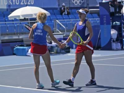 Tennis, Olimpiadi Tokyo: oro Repubblica Ceca nel doppio femminile! Krejcikova-Siniakova superano Bencic-Golubic