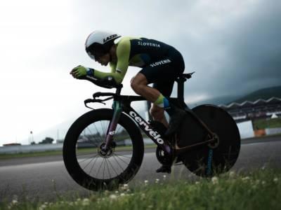 VIDEO Vuelta a España 2021, highlights prima tappa: Roglic domina a cronometro, attardati tutti i big