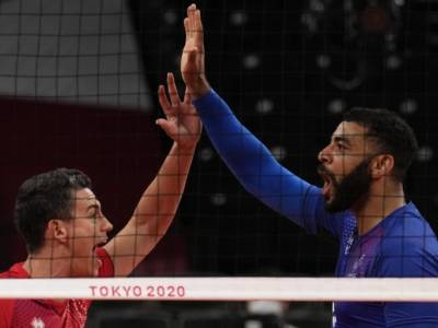 LIVE Francia-ROC 3-2 , Finale volley Olimpiadi in DIRETTA: i transalpini sono i nuovi campioni olimpici!