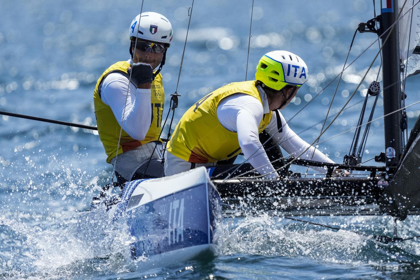 LIVE Olimpiadi Tokyo liveblog in DIRETTA: iniziata la Medal Race di Tita Banti!