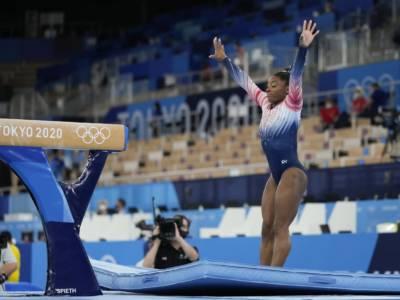 Simone Biles, rientro da favola alle Olimpiadi! Incredibile bronzo alla trave dopo mille paure. Vince Guan