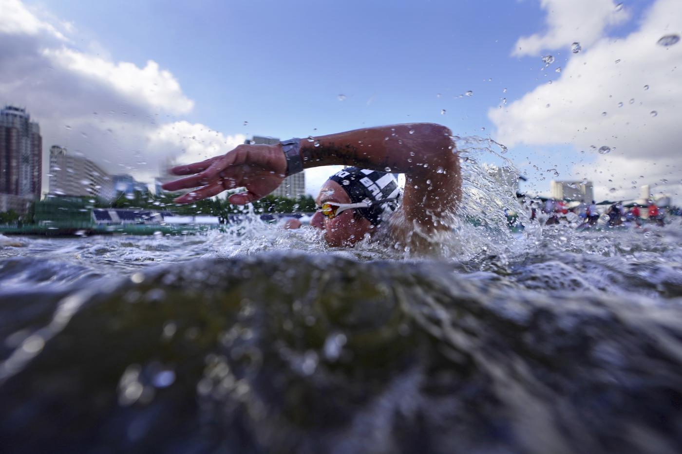Nuoto di fondo, Olimpiadi Tokyo: Ana Marcela Cunha oro nella 10 km, Rachele Bruni mai in gara