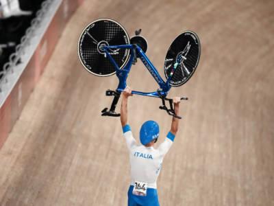 """Ciclismo su pista, Filippo Ganna: """"Non ci bastava la finale, i ragazzi sono anche più bravi di me"""""""