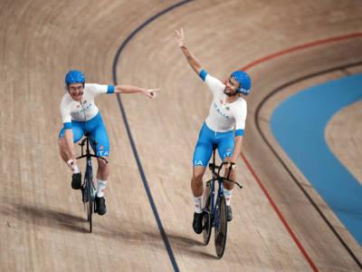 VIDEO Italia oro olimpico nell'inseguimento su pista! Rimonta assurda di Filippo Ganna!