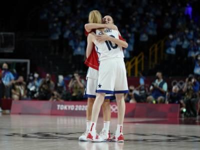 VIDEO – Basket femminile, Olimpiadi Tokyo: USA-Giappone 90-75, le americane si prendono l'oro domando le nipponiche