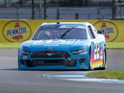 NASCAR Xfinity Series, Indianapolis: Austin Cindric festeggia in casa di Penske