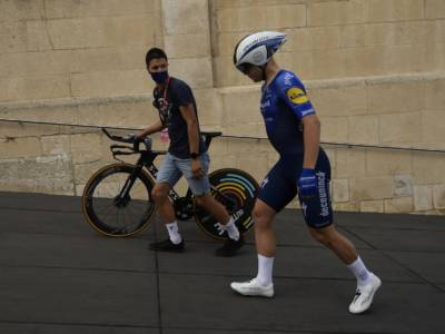 Vuelta a España 2021: devastante in volata Fabio Jakobsen, quarto Alberto Dainese