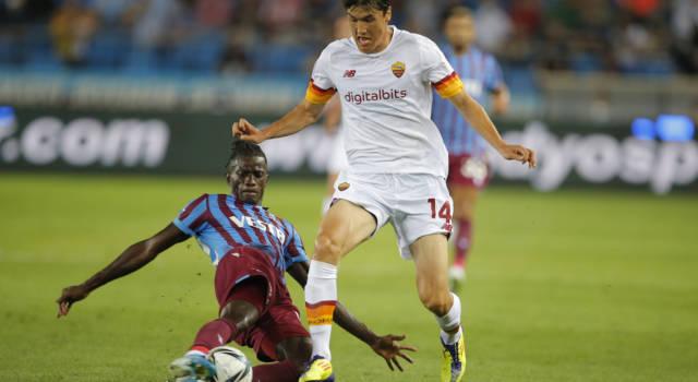 Calcio, Conference League 2021: la Roma di Mourinho soffre ma vince 2-1 nel play-off con il Trabzonspor