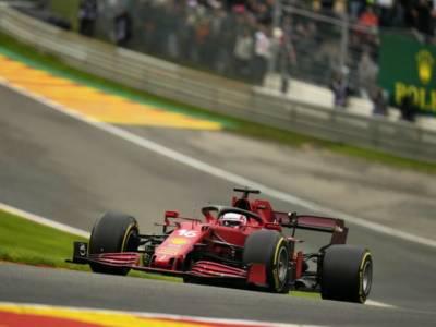F1, Ferrari a Fiorano per il filming day: Leclerc e Sainz provano il nuovo motore più performante?