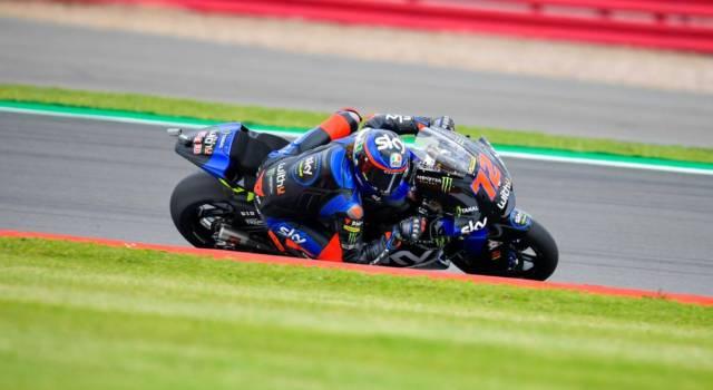 LIVE Moto2, GP Gran Bretagna in DIRETTA: Gardner vince a Silverstone si Bezzecchi e Navarro