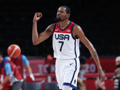 Basket, gli Stati Uniti tremano nel primo quarto, poi demoliscono l'Australia e volano in finale alle Olimpiadi