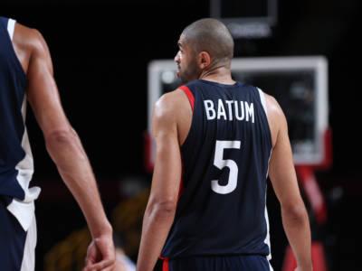VIDEO Francia-Slovenia, Olimpiadi Tokyo basket: la stoppata di Batum che regala alla Francia la finale. E poi consola Doncic